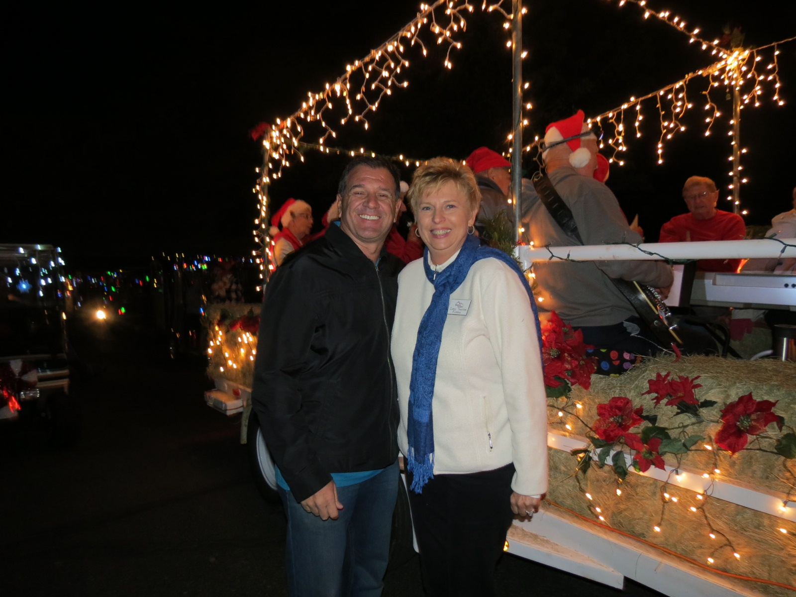 Lee & Carol caroling at parade